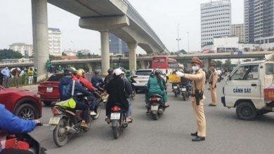Tìm xe tải tông người phụ nữ đi xe đạp điện tử vong ở Cầu Giấy rồi bỏ chạy 1